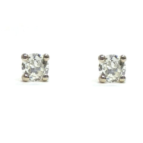 fe204dd72 0.20ct Diamond Stud Earrings – Aspens Jewellers